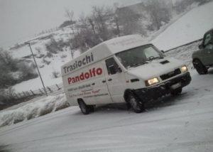 furgone-traslochi-pandolfo-milano
